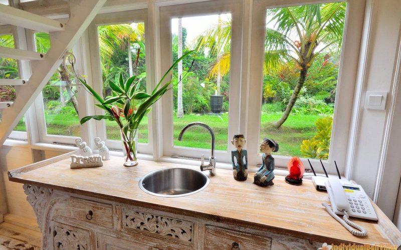 jendela di bali white elephant kitchen
