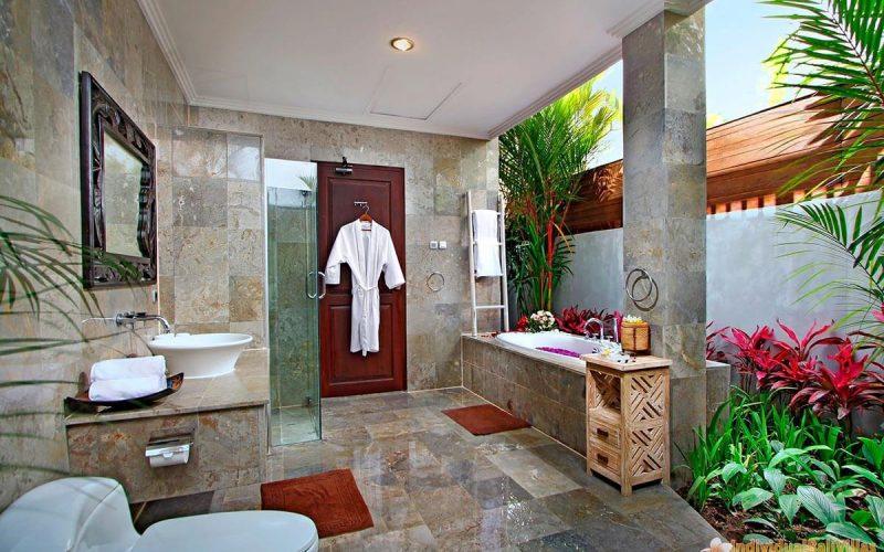 the bale tokek bathroom 01