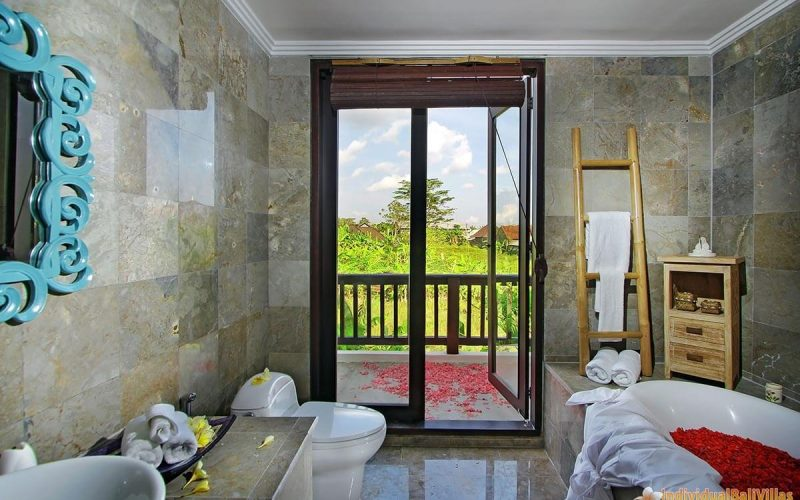 the bale tokek bathroom 03