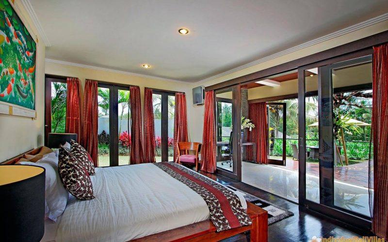 the bale tokek bedroom 02