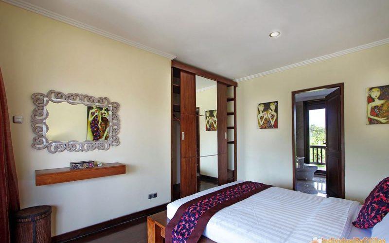 the bale tokek bedroom 08